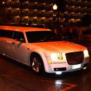 Chryslet limousine Benidorm Airport Transfer